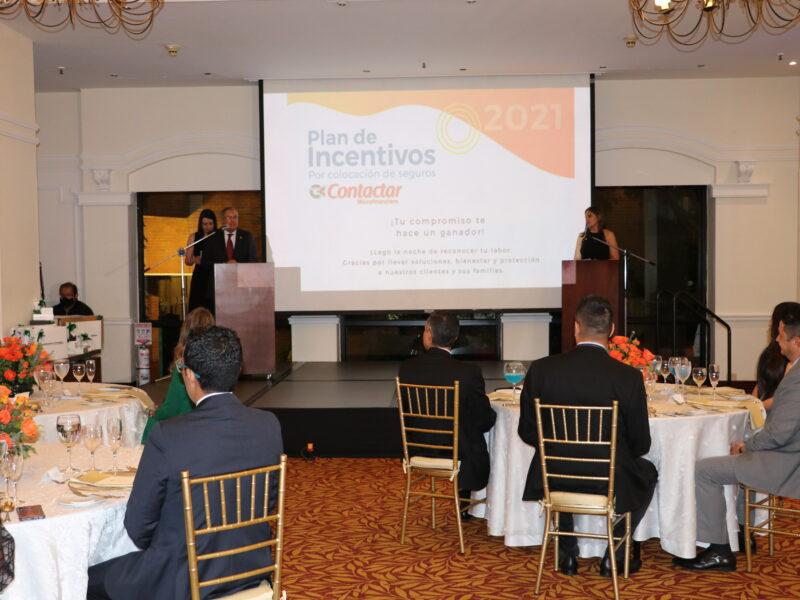 Plan-de-incentivos-por-colocación-de-seguros-contactar-colombia